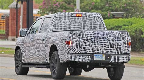 ford   spy shots    motorcom