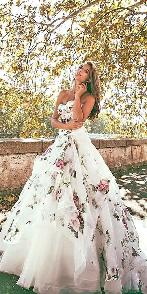 36 Ultra Pretty Floral Wedding Dresses For Brides