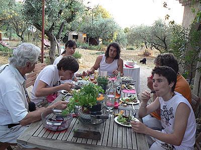 dîner à la colline.jpg