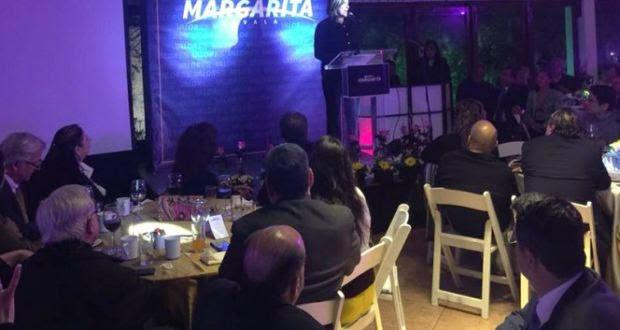 Margarita inicia colecta para su campaña con cena de 2 mil pesos