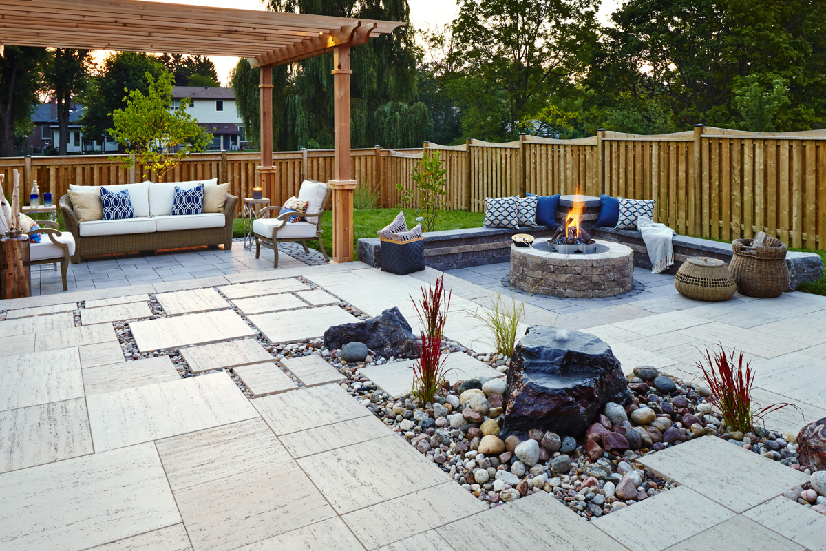Outdoor Fire Pit Hardscape