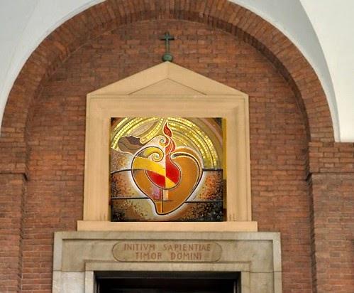 Mosaici e vetrate artistiche sacre arredamenti interni for Mosaico arredamenti