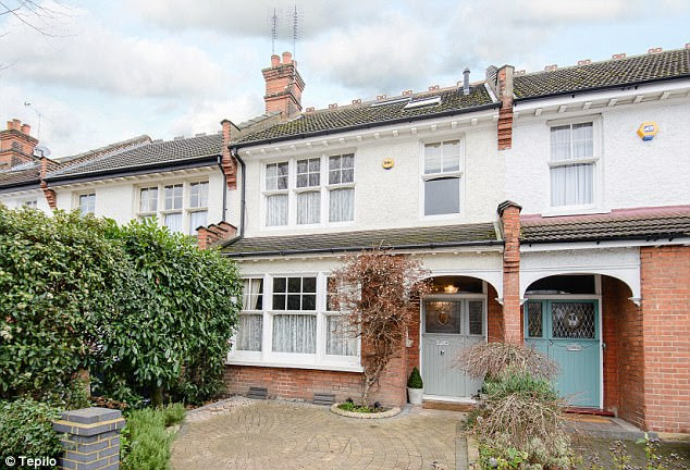 Sarah Beeny finds a £900k London four bed house for sale ...