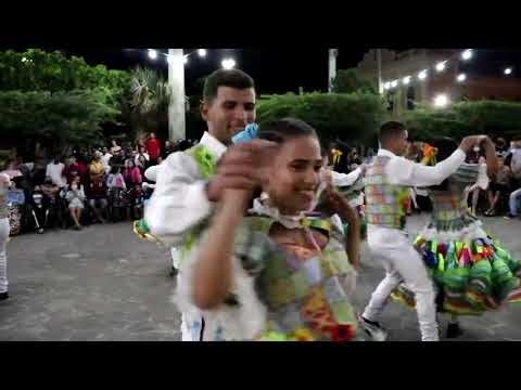 VÍDEO: Apresentação do Grupo de Projeções Folclóricas Araraunas encanta moradores e turistas em Araruna