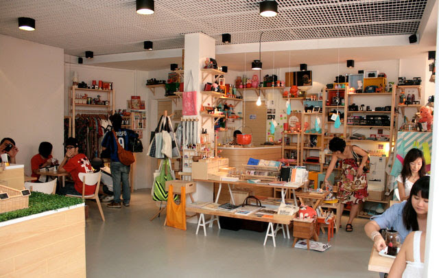 Kki shares shopspace with The Little Drom Store