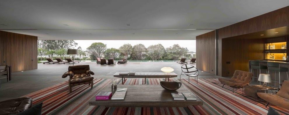 Marcio Kogan s Casa Lee Concrete House  open plan  indoor