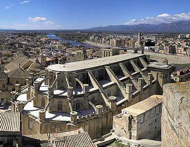 http://www.arteguias.com/catedral/tortosa.jpg