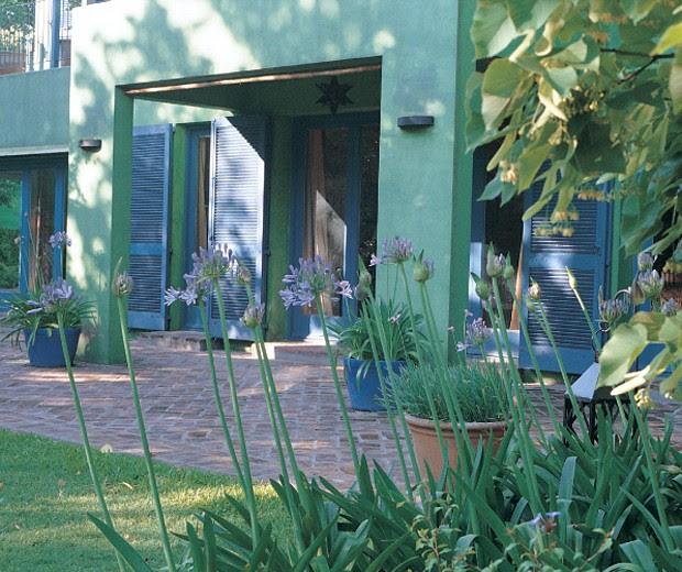 Paisajismo sinton as ritmos en verde y blanco tecno haus for Paisajismo jardines fotos