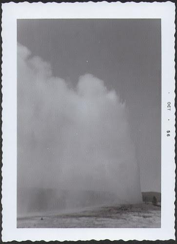 Yellowstone1956_OldFaithful3