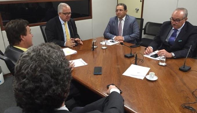 PEN estabelece prazo para Bolsonaro disputar a Presidência pelo partido