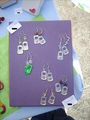 Brincos ~ Earrings (Orquidea) Tags: jewelry bijuteria earrings recycling reciclagem brincos pulltabs anilhas lacres poptabs poptops handmadebyorqudeapires criatividadeemmovimento