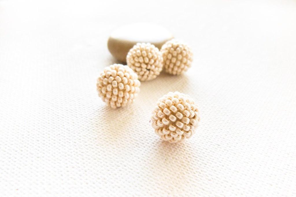 Cream white round beaded beads. Jewelry Making Supplies. - CallOfEarth