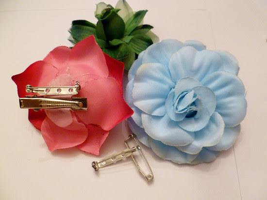 11 Nov 07 - Floral Brooches and Hairpins (4)