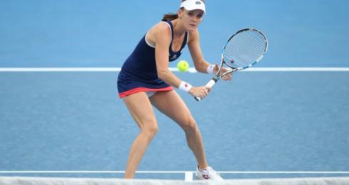 Radwanska pasa a semifinales de Abierto de Australia