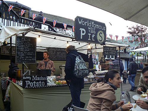 clem et world famous pies.jpg