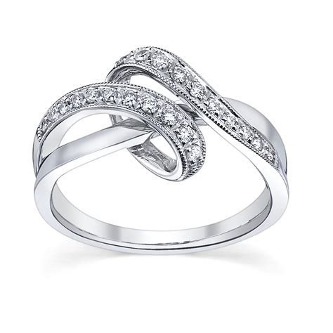 Simple Engagement Rings for Women