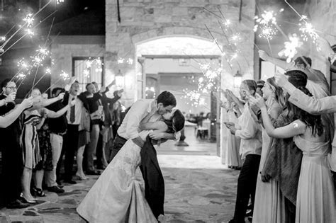 The Laurel   Grapevine, TX   North Texas Wedding