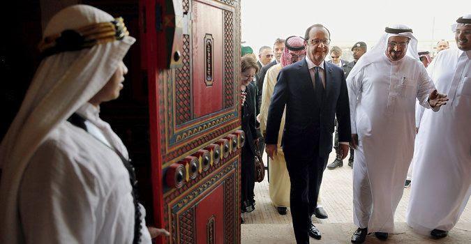 Lo sceicco Hollande: la Francia nuovo partner privilegiato dei bancomat del terrorismo