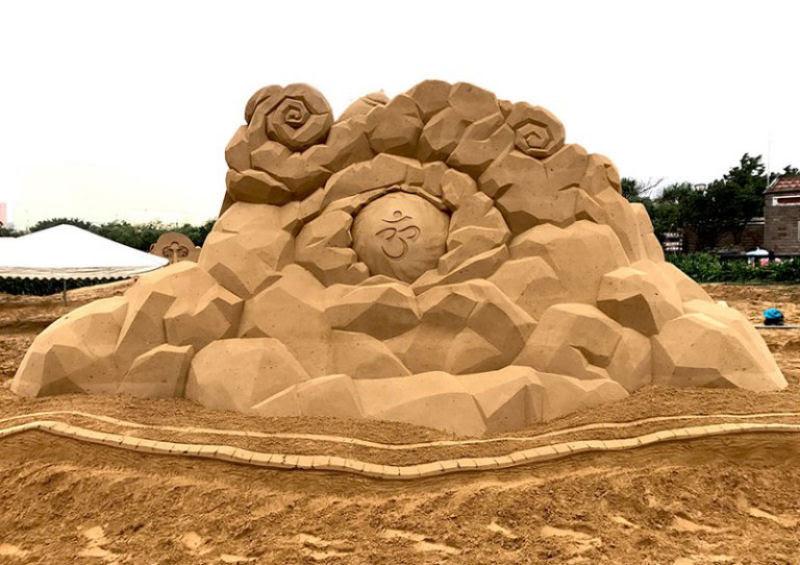 As extraordinárias esculturas de areia de Toshihiko Hosaka 08