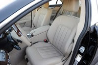 2012 Mercedes-Benz CLS550 front seats