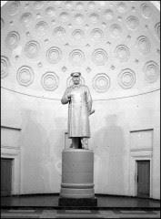Stalin i sin nisch på tunnelbanestationen Kurskaja
