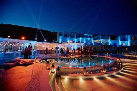 Colourfully Blissful Wedding At Delight Hotel Mykonos