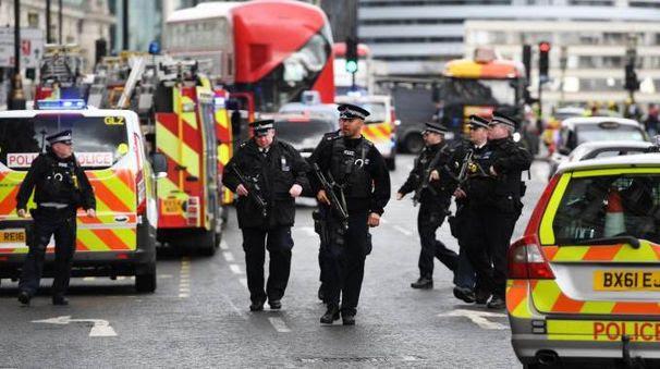 Risultati immagini per ISIS LONDRA