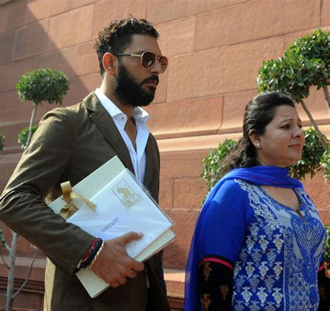 Yuvraj Singh Invites PM Modi For His Wedding, Makes A