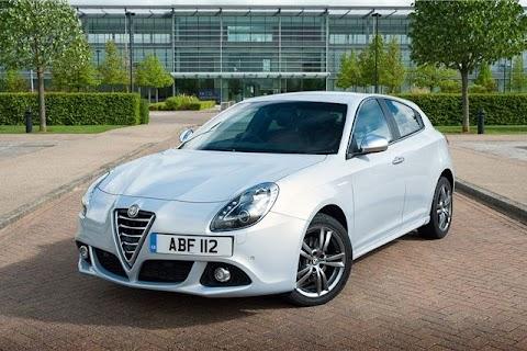Alfa Romeo Giulia Uk Review