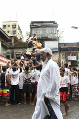 Hindus Muslims Live In Peace at Bandra Bazar Road by firoze shakir photographerno1