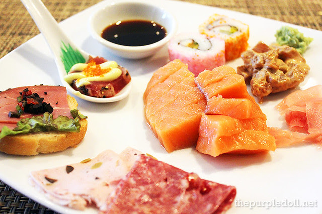 Sumi's meal starters, appetizers and sushi at Cafe d'Asie