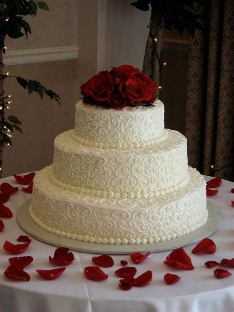 butter cream frosting 3 tier wedding cake   Tier sizes are