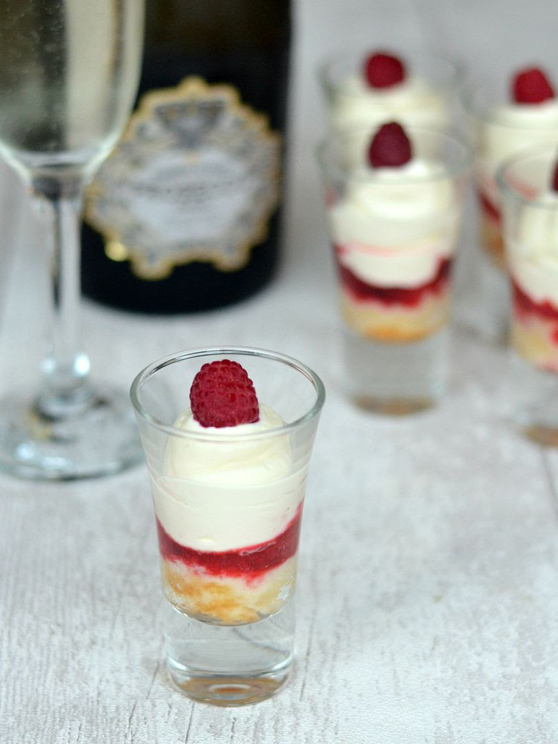 photo prosecco trifle 4_zps8woil7qu.jpg