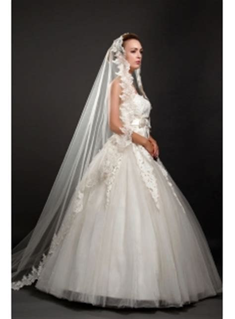 Romantic Cathedral Wedding Veils with Lace Trim:1st dress.com