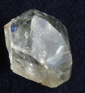 White Topaz Vs White Sapphire As a Fake Diamond   Fake