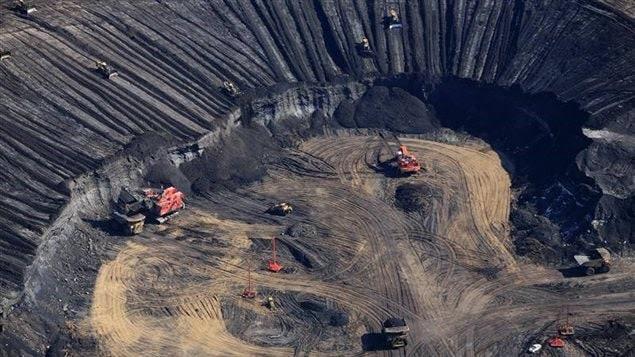 La mine Syncrude Aurora
