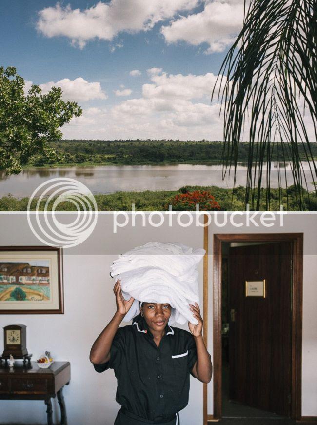 http://i892.photobucket.com/albums/ac125/lovemademedoit/welovepictures%20blog/BushWedding_Malelane_003.jpg?t=1355997639
