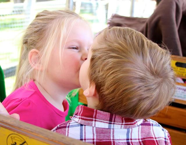 Eli and G kissing at zoo 12/31/11