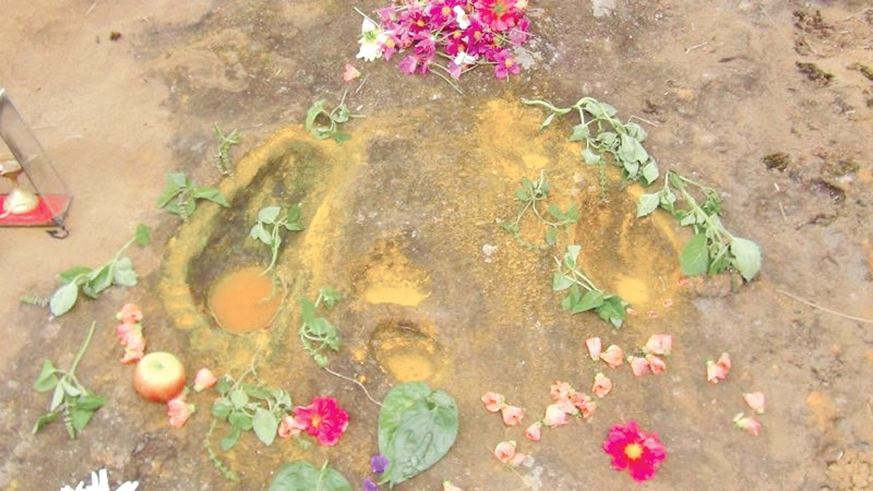 No archaeological value to 'footprints'