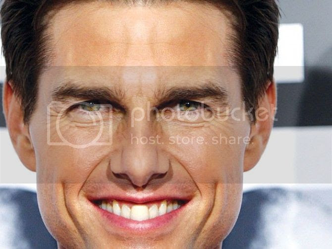 Tom Cruise Middle Tooth Awareness - TeethWalls