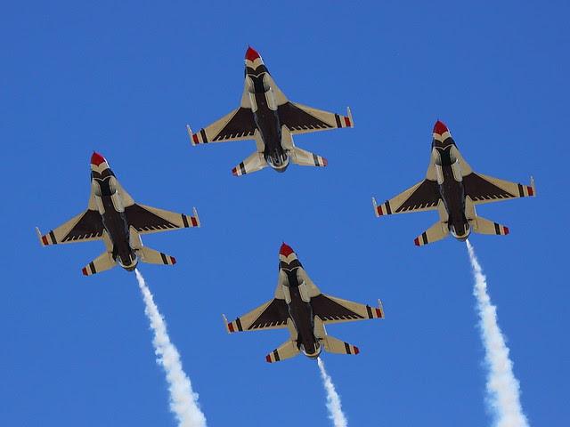IMG_4367 Thunderbirds, Beale AFB Air Show, CA