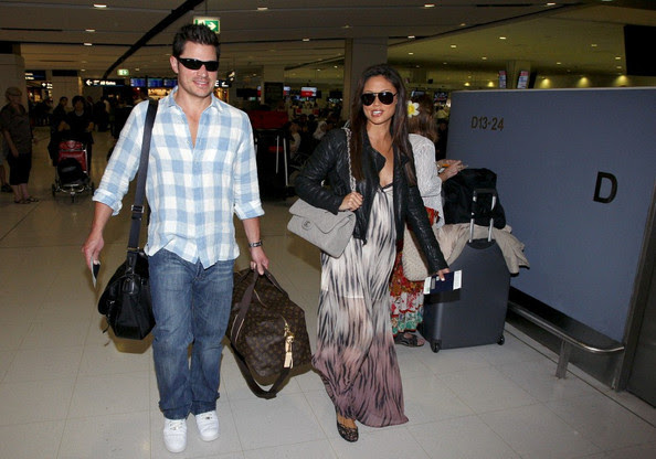Nick Lachey - Nick and Vanessa Lachey Leave for LA
