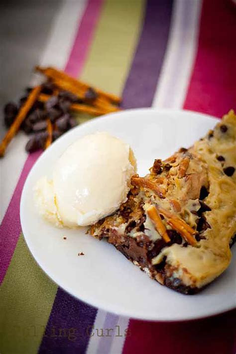 ridiculously easy campfire desserts