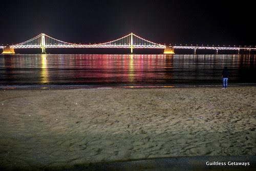 gwanganli-bridge-at-night-beach.jpg