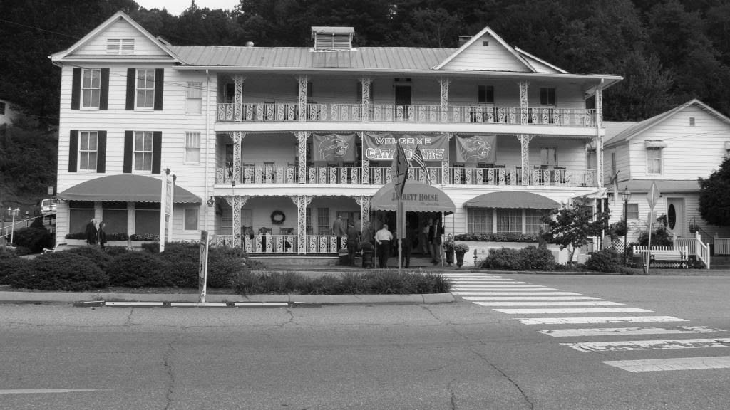 The Jarrett House ©2013 Bobby Coggins