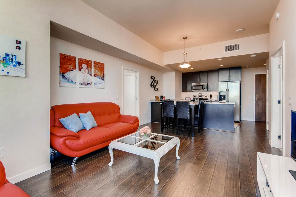 Apartment Beautiful Highrise In Downtown San Diego One Bedroom Apartments Style High Rise Interior Buildings Building Luxury Complex Spiral Community Apppie Org