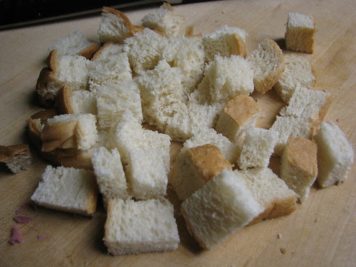 bread cubed