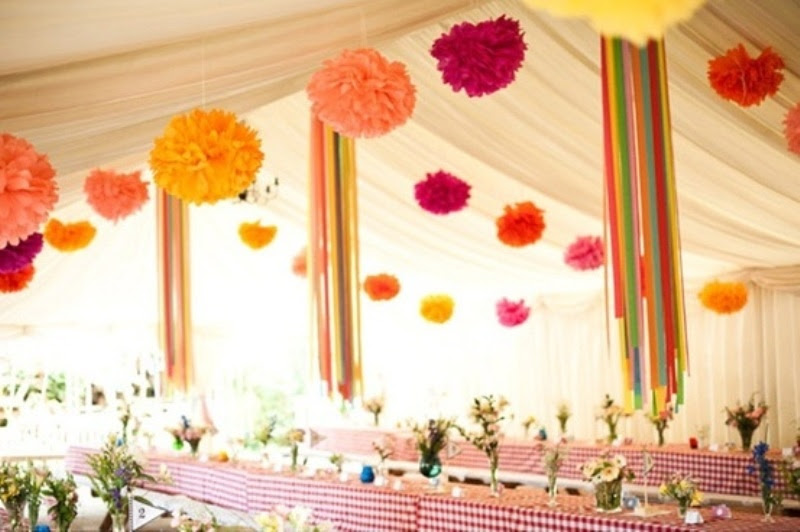 30 hanging paper pompoms decor ideas for your wedding 1