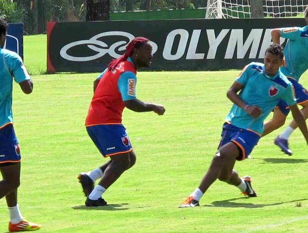 Vagner Love no treino do Flamengo (Foto: Rafael Cavalieri)