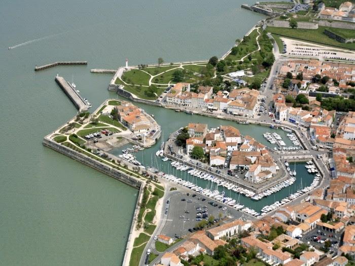 Le port de Saint-Martin-de-Ré © Epsilon